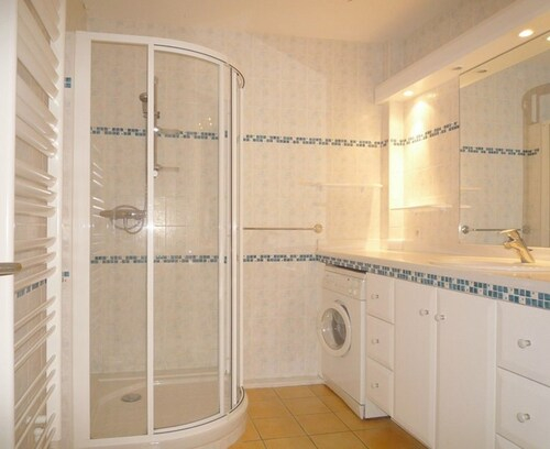 Apartment With 2 Bedrooms in Biarritz, With Wonderful sea View and Wif, Pyrénées-Atlantiques