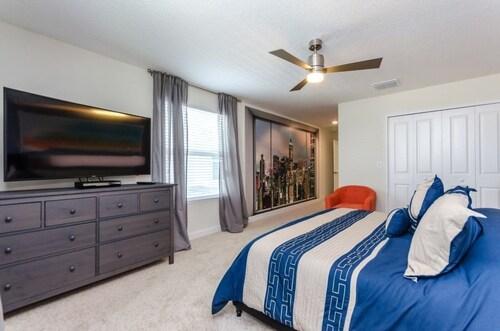 Champions Gate 1588 - Six Bedroom Pool Home, Osceola