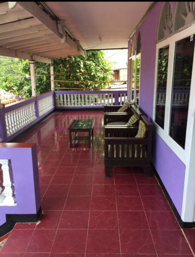 Villa Ungu Karang Hawu, Sukabumi