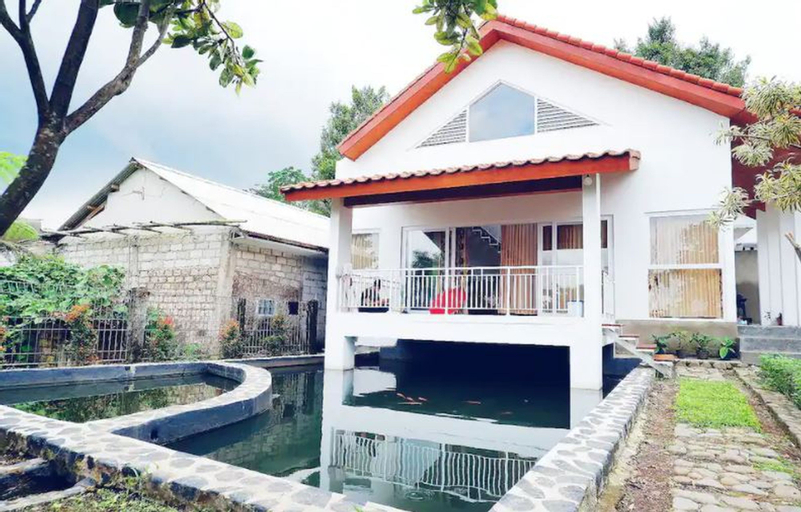 Villa Tombo Sayah, Bogor