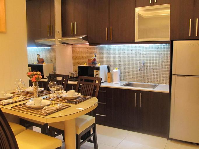 Ravarine Suite Apartment, North Jakarta