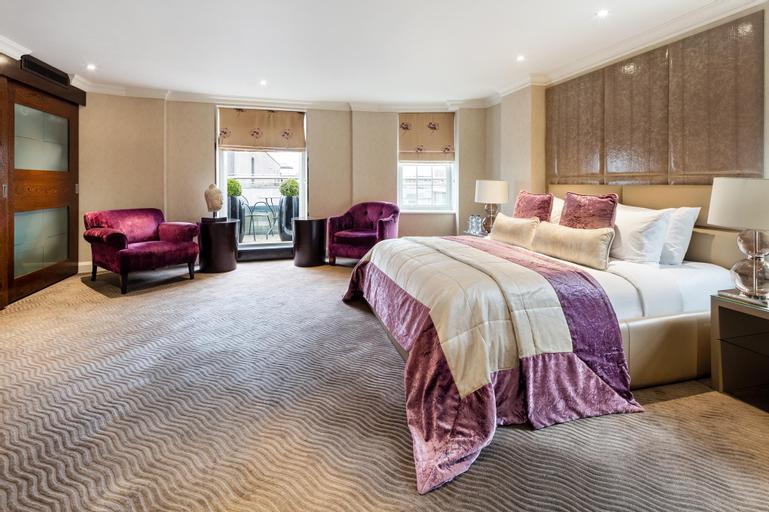 Radisson Blu Edwardian Berkshire Hotel London, London