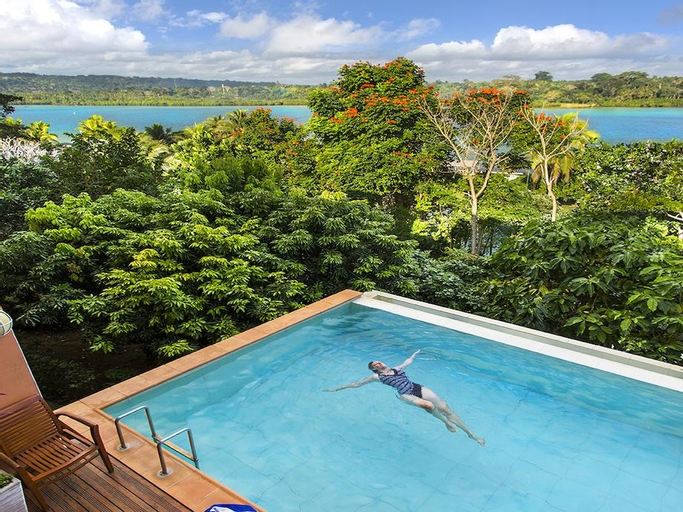 Poppys On The Lagoon Resort, Port Vila