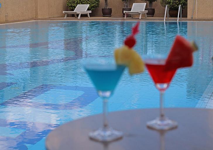 Grand Tower Inn Rama VI Hotel, Phaya Thai