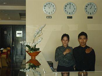 Lynt Hotel, Makassar