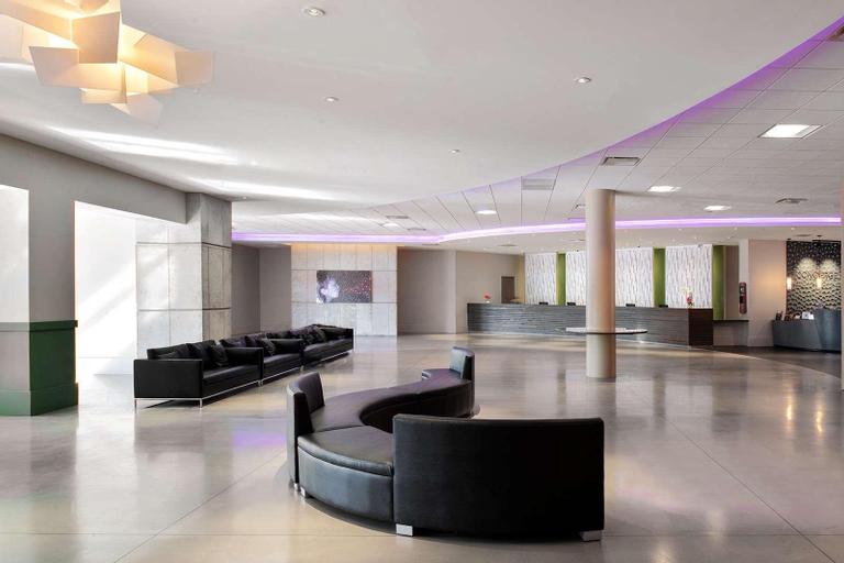 Avanti Palms resort and Conference Center, Orange