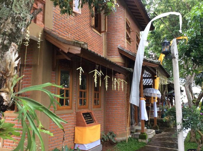 Puri Lumbung Cottages, Restaurant & Spa, Munduk, Buleleng