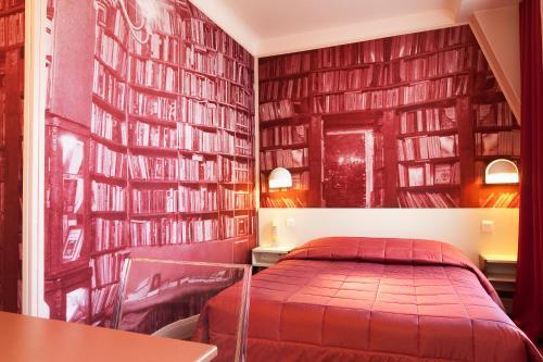Hotel Perreyve, Paris