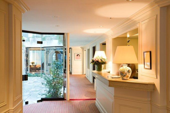 Hotel Des Saints Peres, Paris