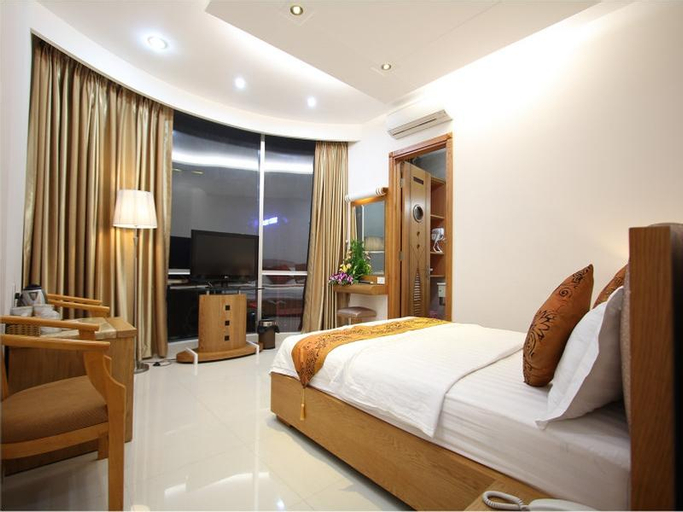Happy by hotelcenter, Quận 10