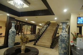 Sky View Hotel, Batam