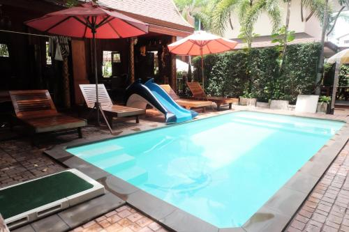 Orchid Resort, Bang Plee