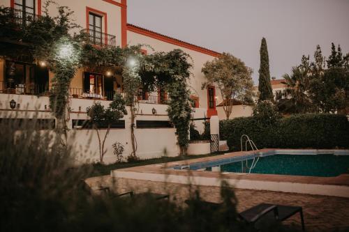 Hotel Posada De Valdezufre, Huelva