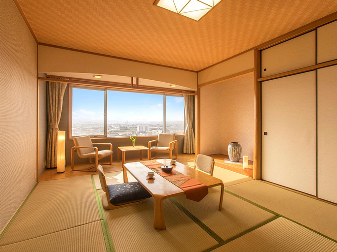 Tresta Shirayama Hotel, Miki