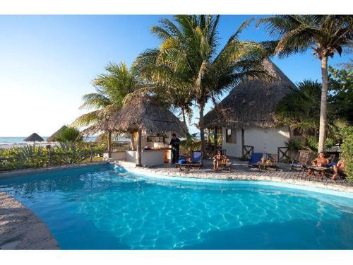 Hotel Xaloc Resort, Lázaro Cárdenas