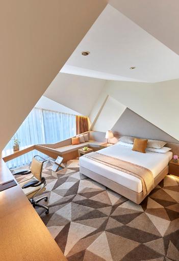 Vivanta by Taj Dwarka New Delhi Hotel, West