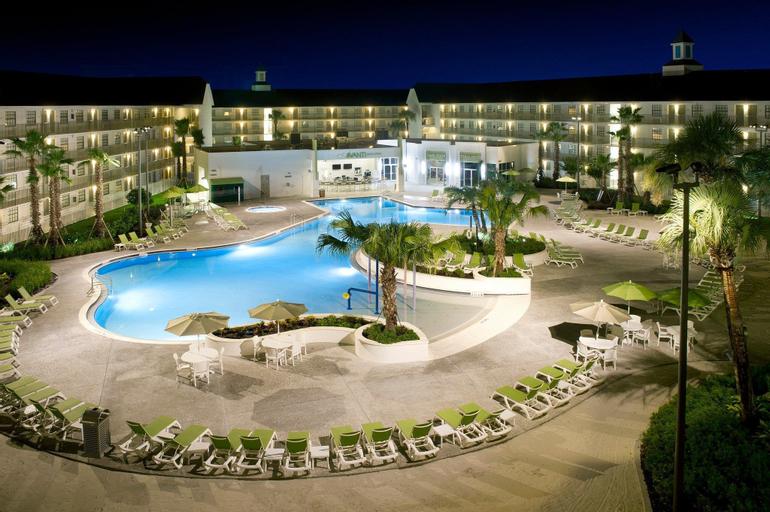 Avanti Resort, Orange