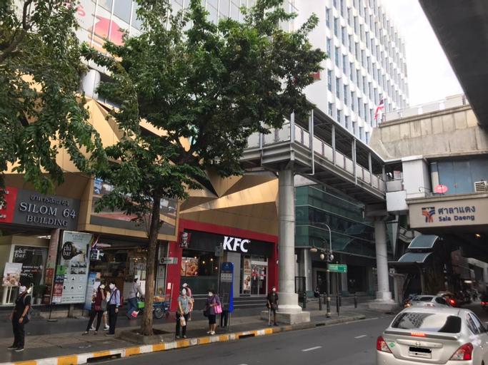 VPlace Silom, Bang Rak