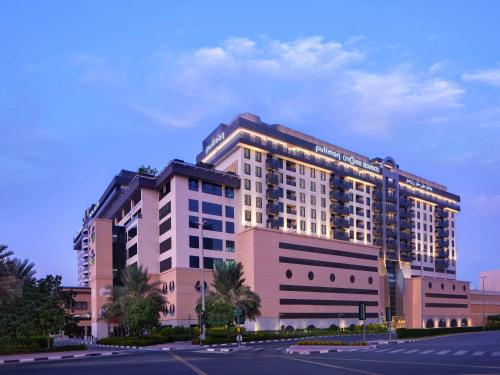 Pullman Dubai City Centre Residences,