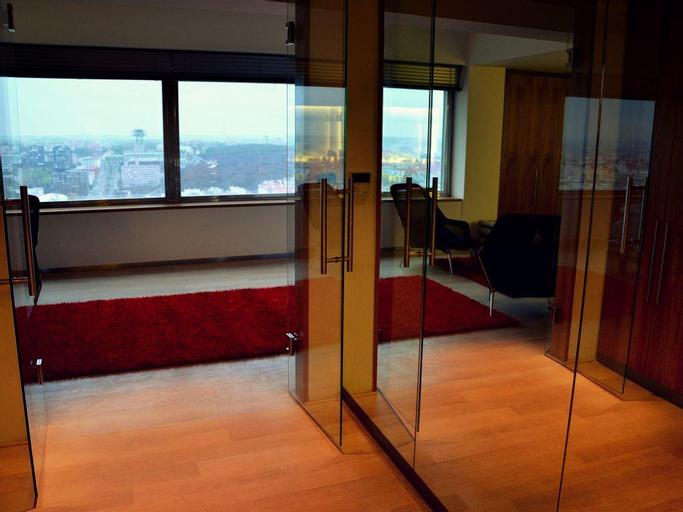 One Room Hotel, Praha 2