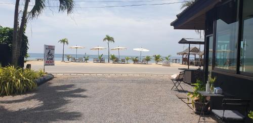 Seascape Resort Baan Krood, Bang Saphan