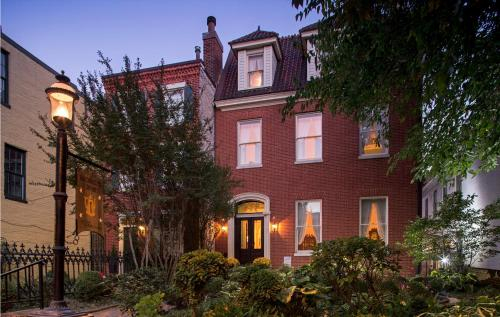 Rachael's Dowry Bed and Breakfast, Baltimore