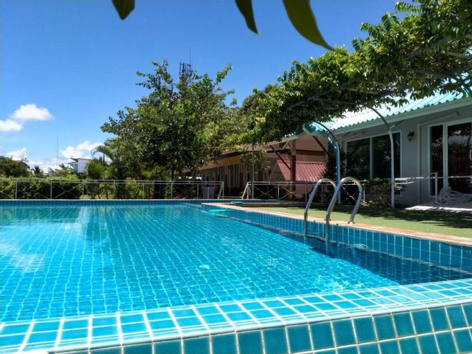 Sangtong Beach Resort, Laem Sing
