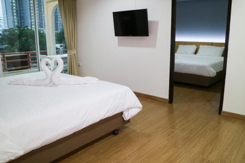 Beerapan Hotel, Thon Buri
