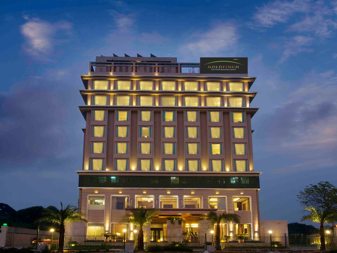 Goldfinch Hotel, Faridabad