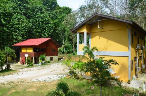 Pulai Holiday Village, Gua Musang