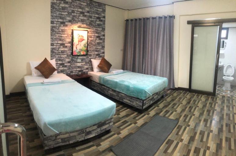 Khao Luang Resort, Lan Saka
