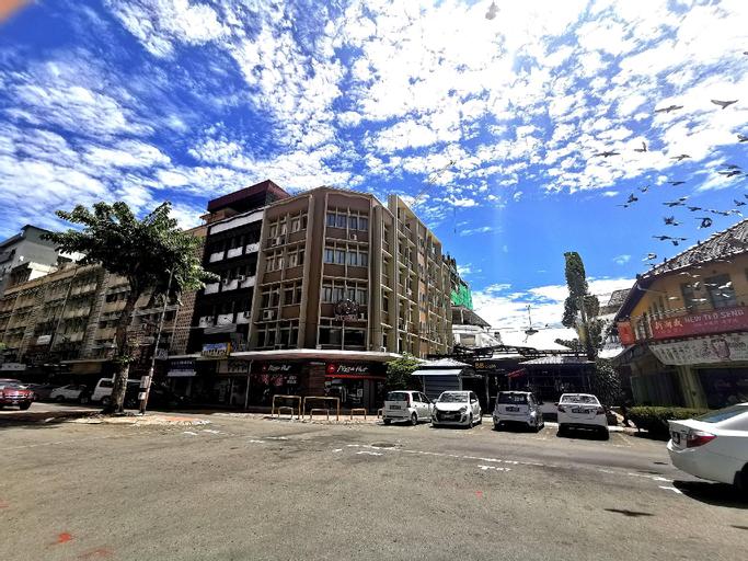 Fat Rhino Hotel, Kota Kinabalu