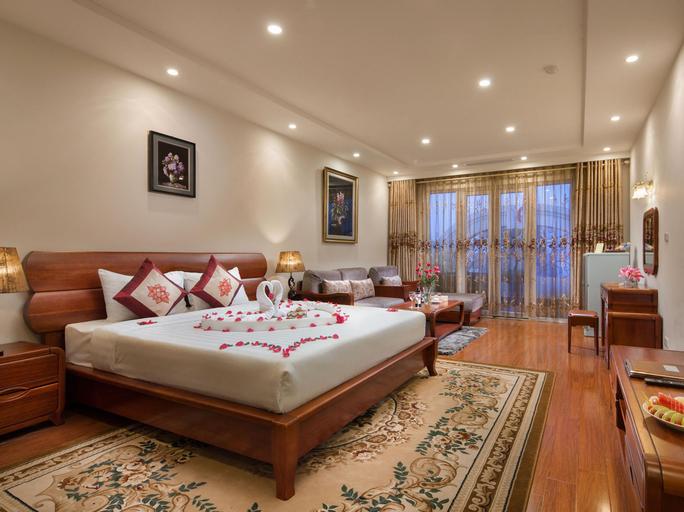 Silk Queen Hotel, Hoàn Kiếm