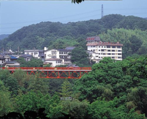 Shigisan Kanko Hotel, Sangō