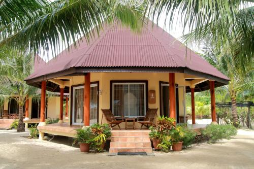 Le Palme Beach Resort, Pandan