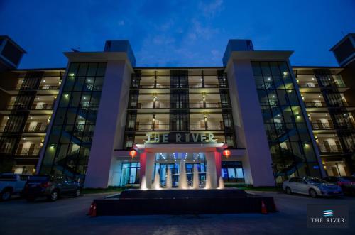The River Hotel, Muang Nakhon Phanom