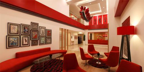 Red Fox Hotel Delhi Airport, West