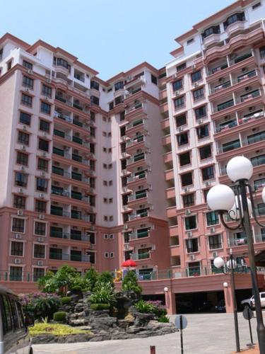 Dorcas Service Apartments at Marina Court Resort, Kota Kinabalu