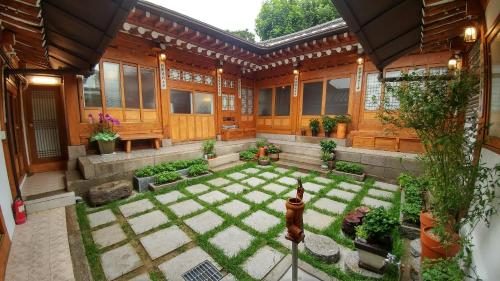 Hyosunjae Hanok Guesthouse, Jung