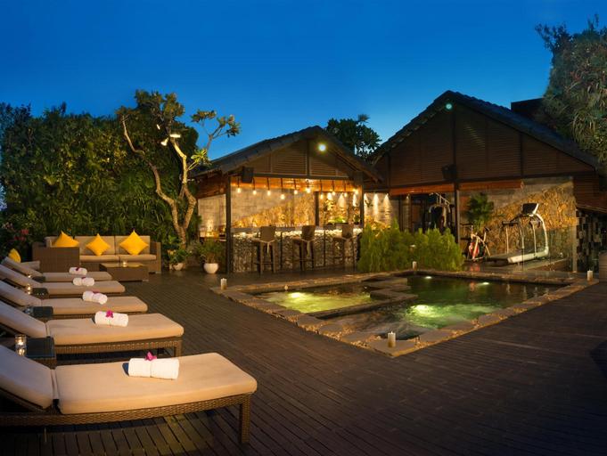 Silverland Sakyo Hotel, Quận 1