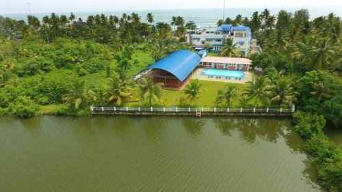 Blue Waters Cherai, Ernakulam