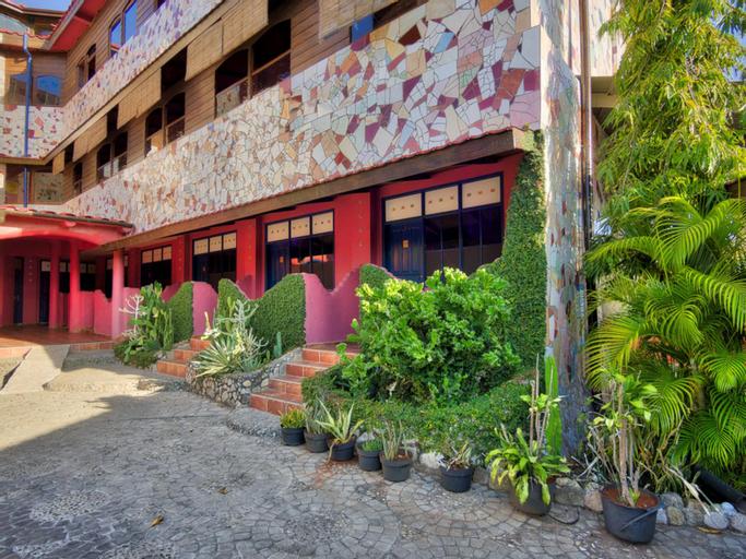 Hotel La Hasienda, Kupang