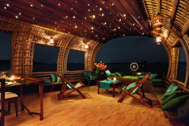 Xandari Rivescapes Houseboats, Alappuzha
