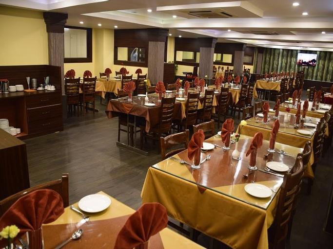 Empires Hotel, Borkou