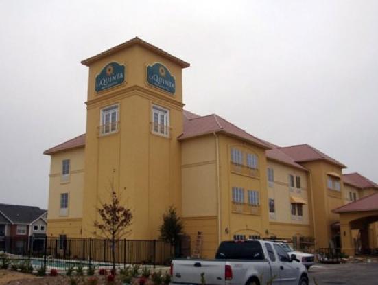 La Quinta Inn & Suites by Wyndham Hillsboro, Hill