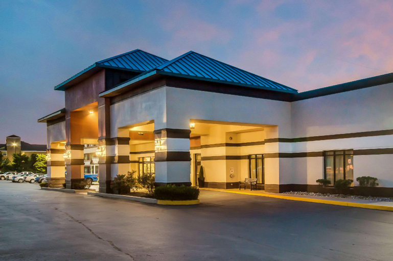 Clarion Hotel and Conference Center at Exton, Chester