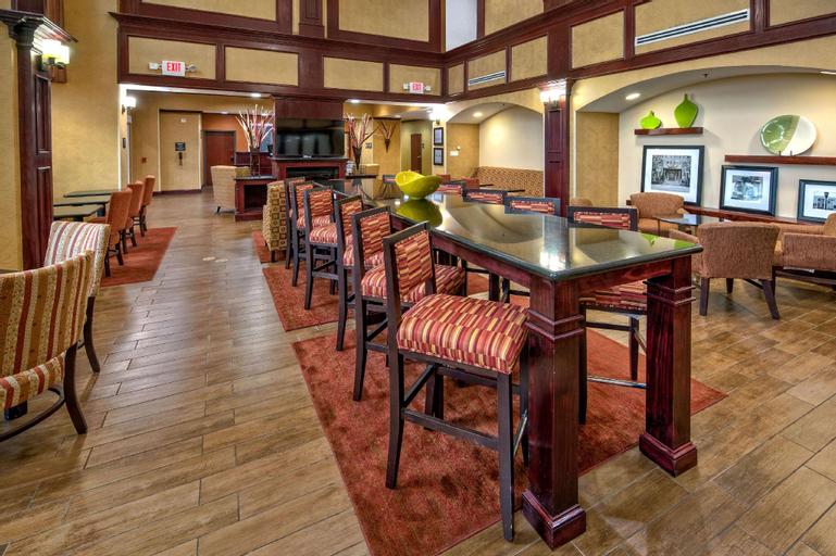 Hampton Inn & Suites Corsicana, Navarro