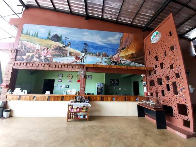 Borai Resort, Bo Rai