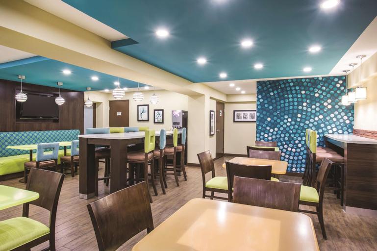La Quinta Inn & Suites by Wyndham Oceanfront Daytona Beach, Volusia
