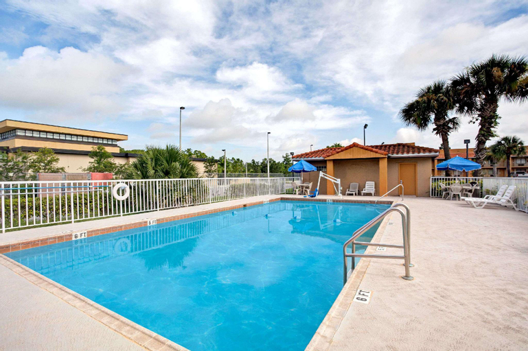 Days Inn & Suites by Wyndham Orlando East UCF Area, Orange